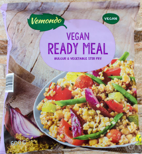 Vegan. Ready meal bulgur & vegetable stir fry
