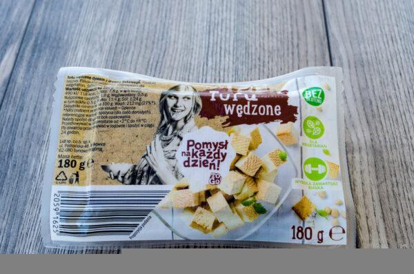 Pomysł na każdy dzień. Tofu wędzone z dymem z drewna bukowego