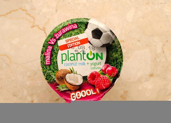 Planton. Coconut milk yogurt raspberry vs cranberry