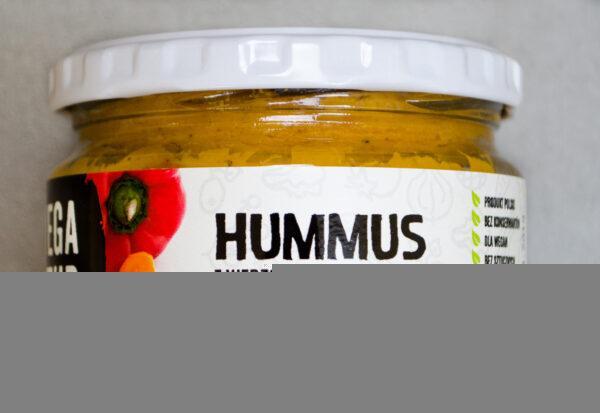 Vega Up. Hummus z wędzoną papryką i marchwią