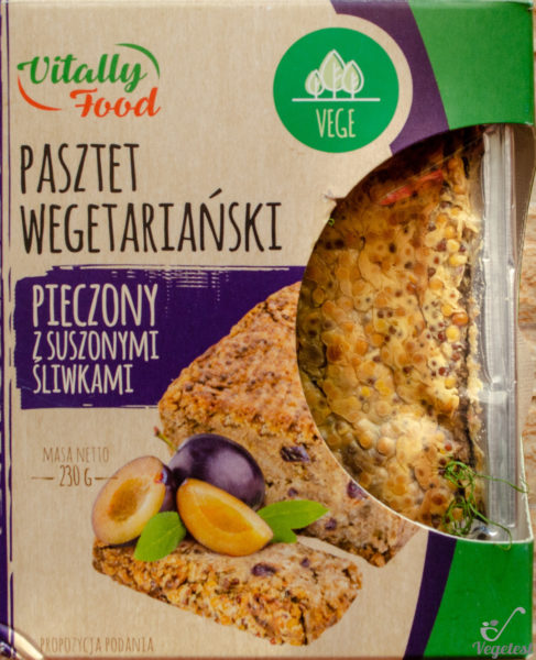 Vitally Food. Pasztet wegetariański pieczony z suszonymi śliwkami