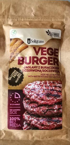 Vegeburger jaglany z buraczkiem i czerwoną soczewicą