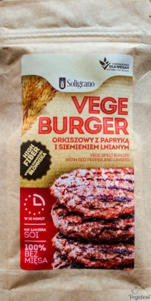 Vegeburger orkiszowy z papryką i siemieniem lnianym