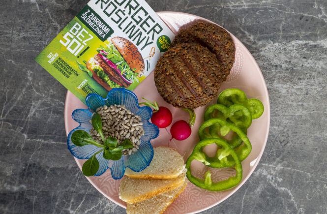 Lidl burger roślinny na blogu wegańskim